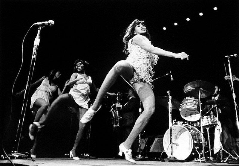 Ike & Tina Turner - Proud Mary / Honky Tonk Women